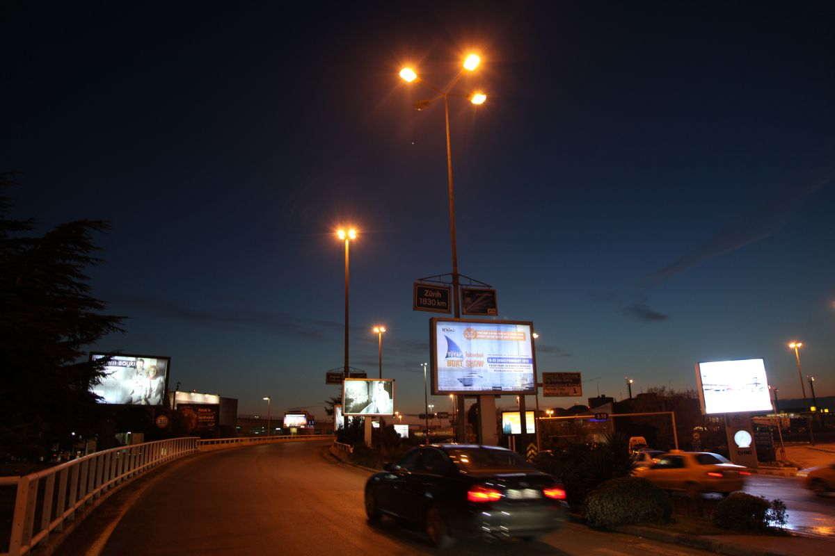 Durukan Advertising Ataturk Airport Sign A-15