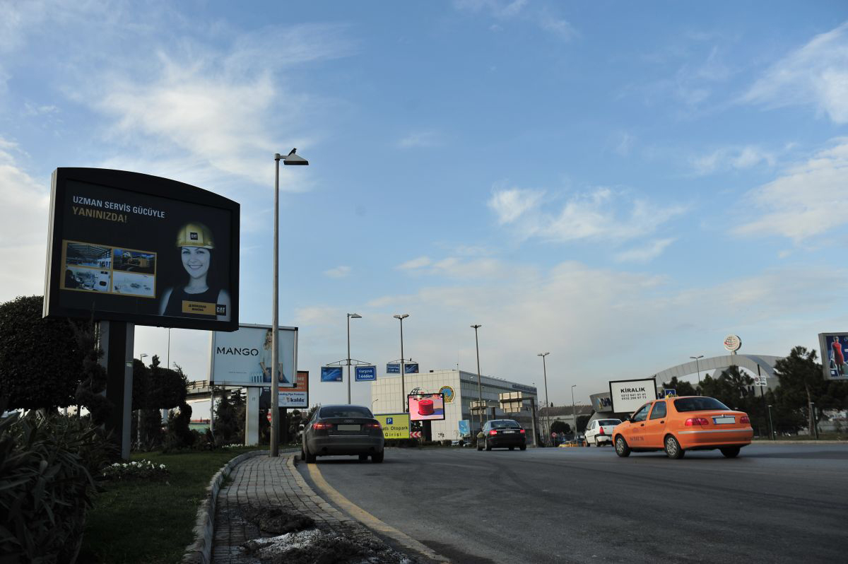 Durukan Advertising Ataturk Airport Sign A-23