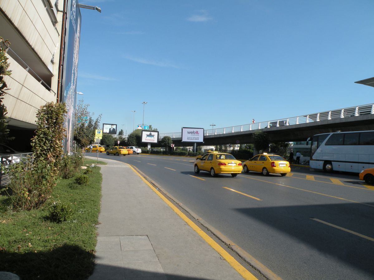 Durukan Advertising Ataturk Airport Sign L-03