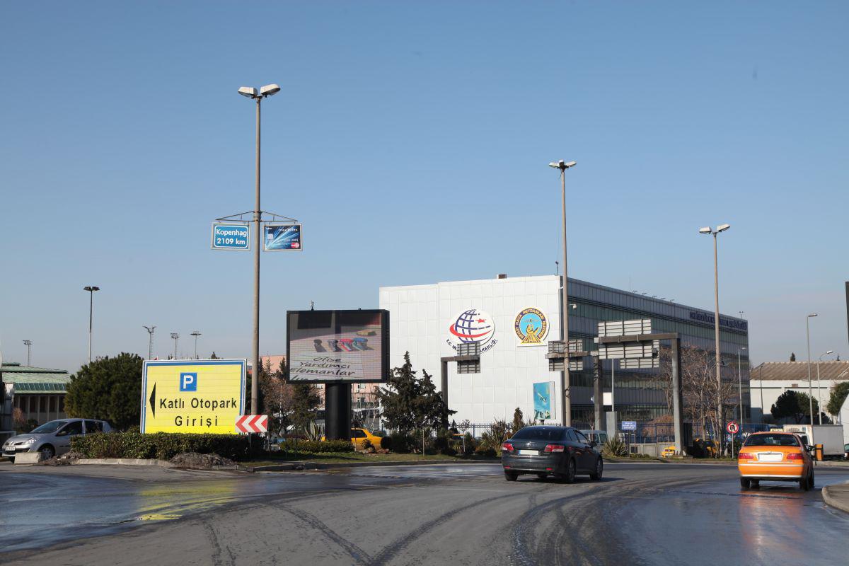 Durukan Advertising Ataturk Airport Sign L-04